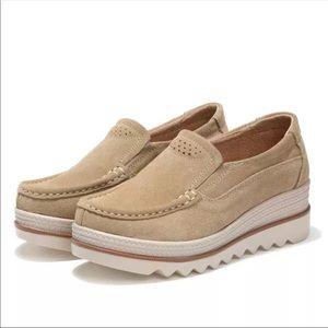 Shoes - New Tan suede breathable light platform shoes